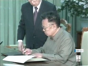 FOTO: Firma en Pyongyang